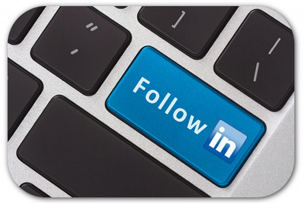 Un bouton « Follow » sur LinkedIn